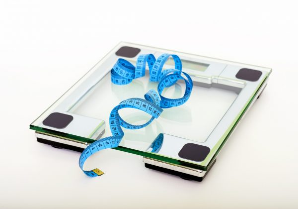 מה אתם שוקלים כשאתם עולים על המשקל?